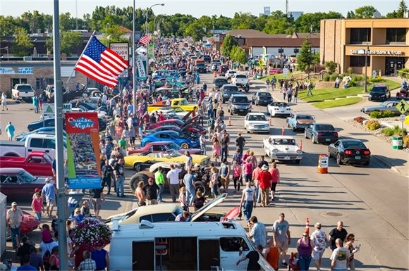 July 2016 West Fargo Cruise Night